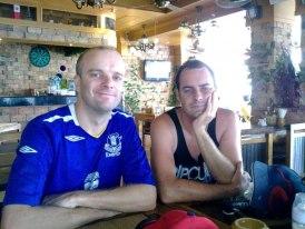 Luke ajak Scott ke Thailand dan tidak informasikaan TBI dia teman lama Luke