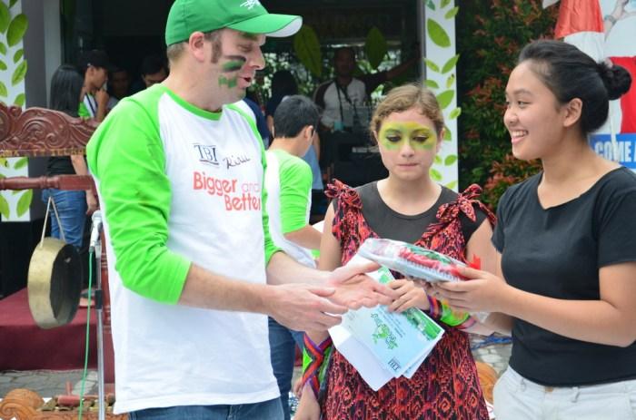 Scott Martin (in green) alienated everyone at TBI Riau