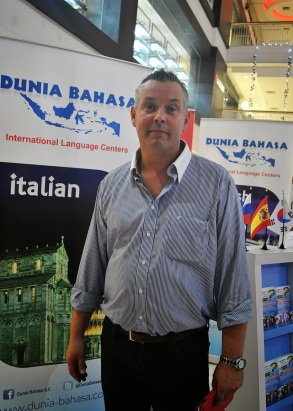 Marcel Staal at the launch of Dunia Bahasa